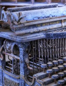 Smith Premier Virtical by Iynnea CC0 Public Domain Pixabay